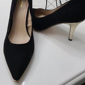 Andrew Marc NY heels